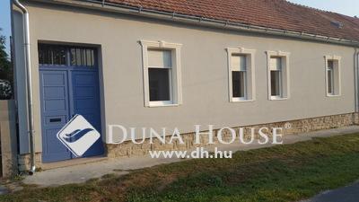 Eladó Ház, Zala megye, Keszthely, csendes központi