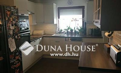Eladó Ház, Pest megye, Dunakeszi, Tóparti, 2 szintes,4 szobás, családi ház