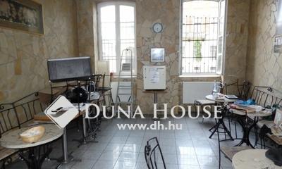 Eladó Lakás, Hajdú-Bihar megye, Debrecen, Széchenyi utca Belváros közeli részén