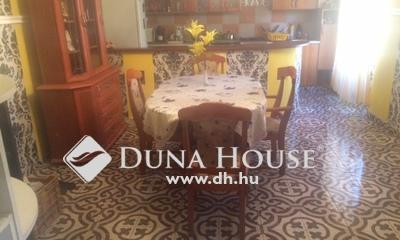 Eladó Ház, Komárom-Esztergom megye, Tata, Fazekas utca