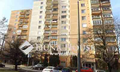 Eladó Lakás, Komárom-Esztergom megye, Tatabánya, Vasútállomás közeli lakótelep