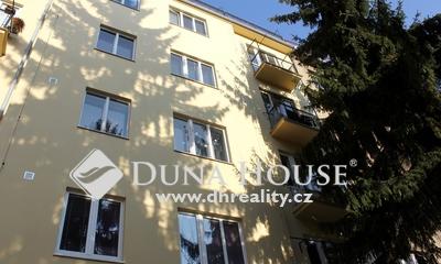 Prodej bytu, Dvorecké náměstí, Praha 4 Podolí