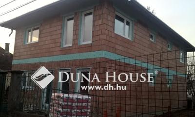 Eladó Lakás, Pest megye, Vác, Öregdeákvár családi házas környezet