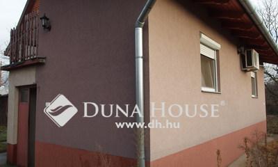 Eladó Ház, Bács-Kiskun megye, Kiskunfélegyháza, Téglából épített ház fóliagazdasággal, 4 portával