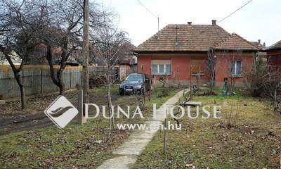 Eladó Ház, Budapest, 18 kerület, Előkertes 2 szobás családi ház