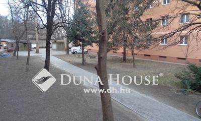 Eladó Ház, Fejér megye, Dunaújváros, Forgalmas, keresett környék