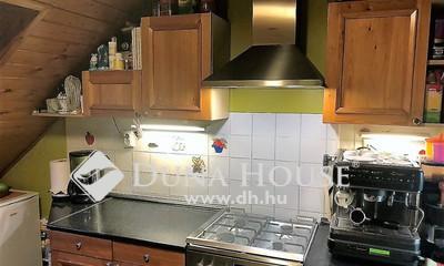 Eladó Ház, Budapest, 13 kerület, Csendes, családi házas, övezet.
