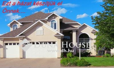 Eladó Telek, Bács-Kiskun megye, Kecskemét, BERUHÁZÓK FIGYELEM-FIATAL építésű házak mellett