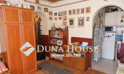 Eladó Ház, Komárom-Esztergom megye, Esztergom, Főúton