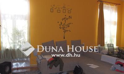 Eladó Ház, Bács-Kiskun megye, Kiskunfélegyháza, Külön portás, 4 szobás, központi családi ház