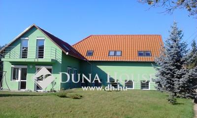 Eladó Ház, Budapest, 16 kerület, 16. kerületben 6+fél szobás családi ház