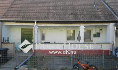 Eladó Ház, Komárom-Esztergom megye, Környe, Alkotmány utca