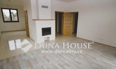 Prodej domu, Premonstrátů, Chýně