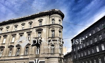 Eladó Lakás, Budapest, 8 kerület, SAROKLAKÁS*ERKÉLY*különleges méretek