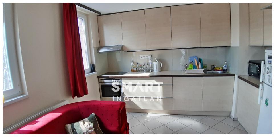 Eladó Lakás, Győr-Moson-Sopron megye, Győr, 2 szobás, erkélyes lakás Révfalu kedvelt részén