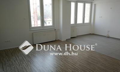 Eladó Lakás, Budapest, 13 kerület, Teljesen felújított, dupla erkélyes, magas emeleti