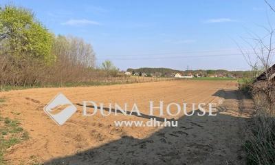 Eladó Telek, Pest megye, Nyáregyháza, Nyáregyházán 2600nm-es építési telek eladó.