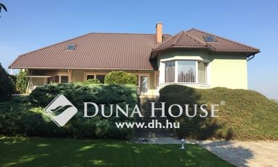 Eladó Ház, Fejér megye, Bicske, A központ egyik legjobb ingatlana