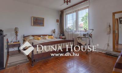 Eladó Ház, Budapest, 19 kerület, Előkertes, 2 generációs, külön szeparálható!