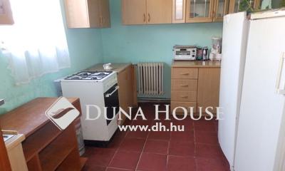 Eladó Ház, Komárom-Esztergom megye, Esztergom, Palatinuszhoz közel
