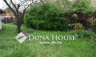 Eladó Ház, Pest megye, Tápiószentmárton, Csendes, rendezett környék