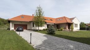 Eladó ház, Tordas