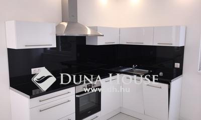 Eladó Lakás, Budapest, 14 kerület, Am.konyhás nappali + 2 háló, igényes felújítás!