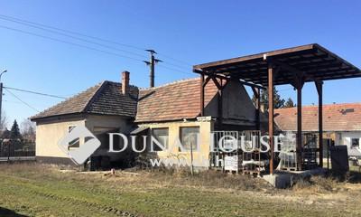 Eladó Ház, Pest megye, Bugyi, Központhoz közeli