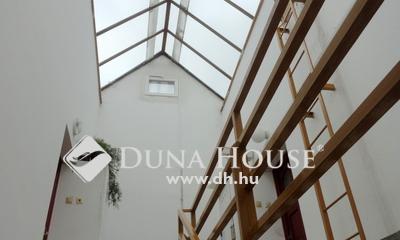 Eladó Lakás, Veszprém megye, Veszprém, 3 szobás klímás lakás, szép kilátással