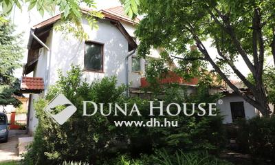 Eladó Ház, Budapest, 23 kerület, Vasútállomáshoz közel, két generációs ház