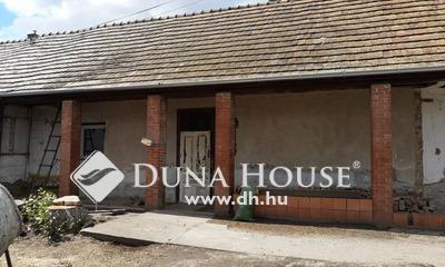 Eladó Ház, Pest megye, Vecsés, Remek környéken házrész