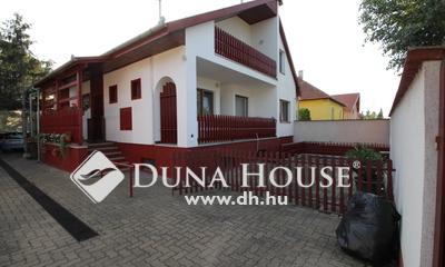 Eladó Ház, Bács-Kiskun megye, Kecskemét, Kadafalva központjában