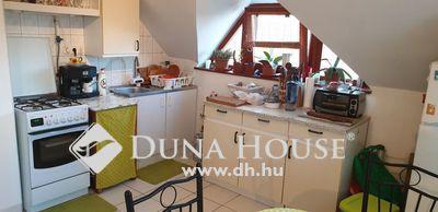 Eladó Lakás, Pest megye, Dunakeszi, Tetőtéri erkélyes,1.5 szobás klímás lakás