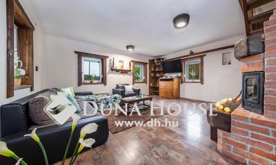 Eladó Ház, Veszprém megye, Csopak, Családi házas, jól megközelíthető környék