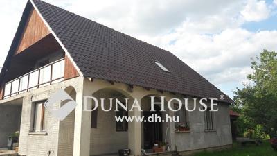 Eladó Ház, Pest megye, Vecsés, Andrássy-telepen 205 nm-es családi ház