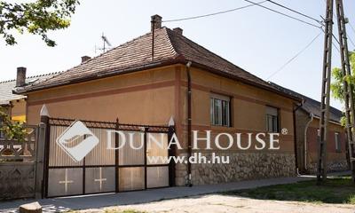 Eladó Ház, Komárom-Esztergom megye, Sárisáp