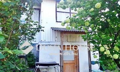 Eladó Ház, Komárom-Esztergom megye, Tatabánya, Közel a városhoz kert kis házzal