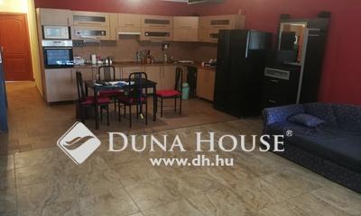 Eladó Ház, Pest megye, Szigetszentmiklós, Önálló beépíthető tetőteres családi ház garázzsal