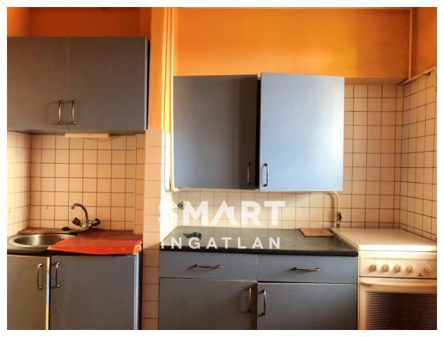 Eladó Lakás, Vas megye, Szombathely, Felújítandó 2 szobás lakás erkéllyel, szuper áron!