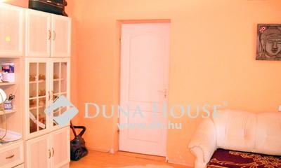 Eladó Ház, Budapest, 23 kerület, Pesterzsébet határán, három lakásos ház leghátsója