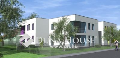Pinnyéd újépítésű családi házak