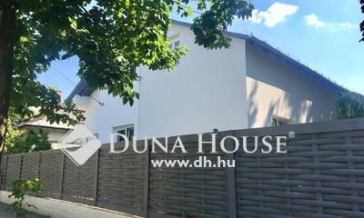 Eladó Ház, Budapest, 14 kerület, Czobor utcában teljesen felújított épület 7 lak