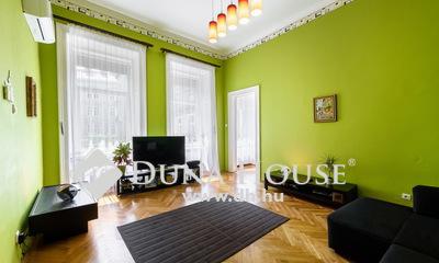 Eladó Lakás, Budapest, 7 kerület, Két lakássá alakítható-csendes-világos