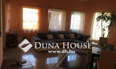 Eladó Ház, Pest megye, Kakucs, Újszerű, 4 szoba+amerikai konyhás nappali