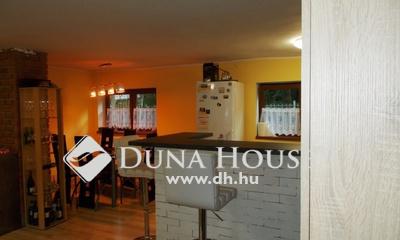 Eladó Ház, Komárom-Esztergom megye, Esztergom, Halastó utca