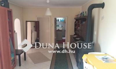 Eladó Ház, Komárom-Esztergom megye, Kömlőd, Tatai utca