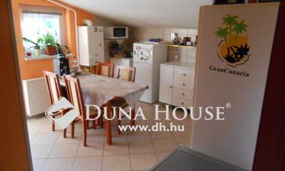 Eladó Lakás, Pest megye, Szigetszentmiklós, 56nm-es, jó állapotú lakás erkéllyel!