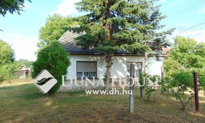Eladó Ház, Komárom-Esztergom megye, Bakonybánk, Erdő mellett, csendes, nyugodt helyen
