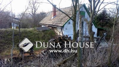Eladó Ház, Fejér megye, Bicske, Középhegy utca