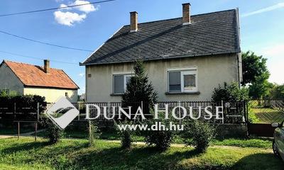 Eladó Ház, Győr-Moson-Sopron megye, Rétalap, CSENDES FORGALOMMENTES UTCÁBAN